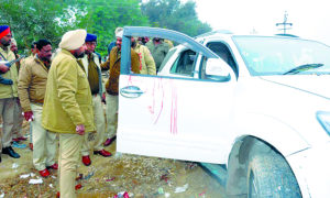 Gulabgarh, Encounter, Punjab Police, Arrest Gangster, Amritpal
