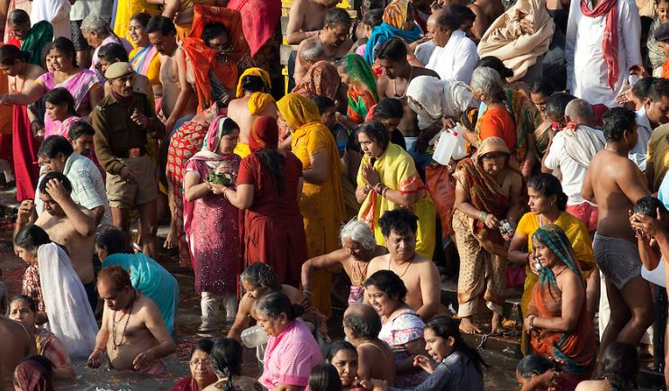 After, Moon Eclipse, Gathering, Pilgrims, Ganga Ghat