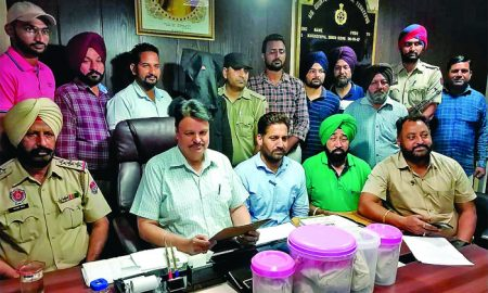 Two, Heroin Seized, India, Pakistan, Border Smugglers, Control