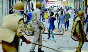 Kashmir: People ,Protest, Eid, Several, People, Injured