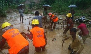 10 People, Died, Due, Landslides