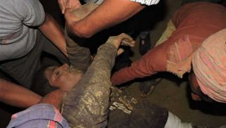 Six, Workers, Died, Poor, Condition, Wearing, Only, Bareilly
