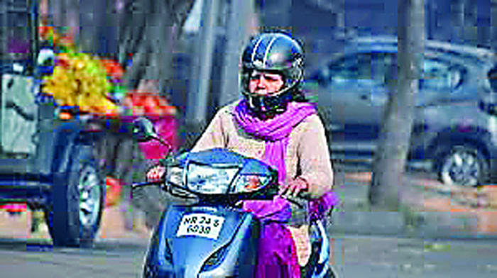 Women, Wear, Helmet