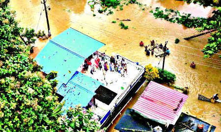 Flood, Kerala, Far, 164 Deaths