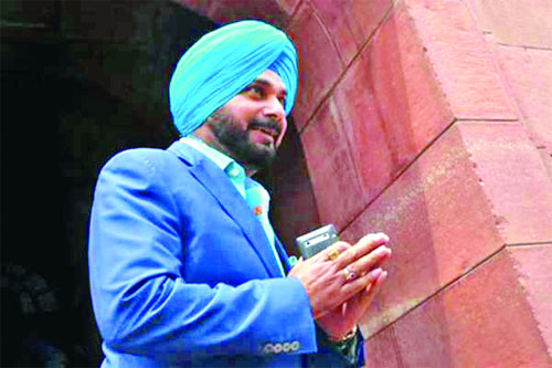 Sidhu, Wants, Visa, Before, Amarinder, Admits