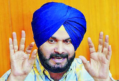 Navjot Sidhu, Raise, Flag, Against 8, Mayor
