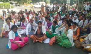 Only Two Nurses, Dharna, Reached, Gates, Moti Mahal, ChorRoad