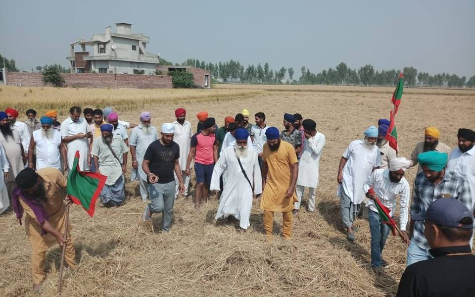 Farmers, Gathered ,Under, Leadership, Kisan Union, Fire Straw