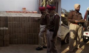 Truck Carrying Liquor Haryana Caught