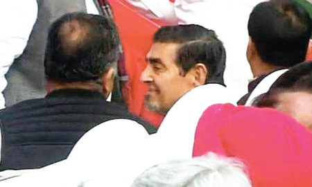 Jagdish Tytler in Sheila Dikshit's command-taking program