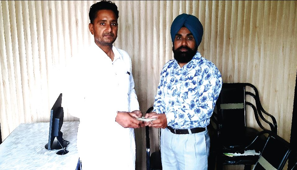 Dera Lovers, Returned Honestly, Returning, Rs 52 Thousand 600, Bank Account
