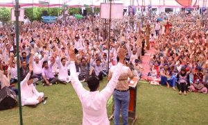 Unite Devotees Say, Believe in Our Satguru