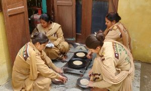 Dera Sacha Sauda, Followers , Gave, Food