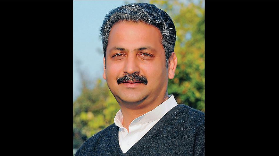 Masters Open Accounts HDFC, Randhawa Says, Vijayinder Singla, Complain CM