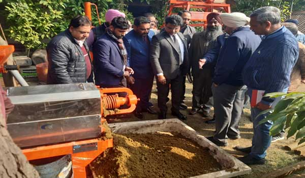 Projects will be started to produce organic fertilizers from cows in the cowsheds