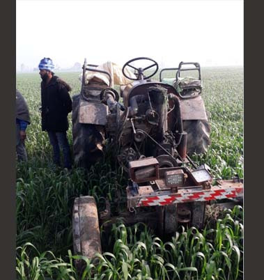 tractor driver died due to a tractor overturn