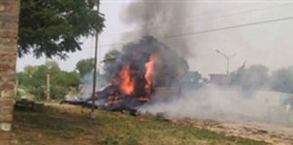 Truck Caught Fire Due To Being Hit High voltage Wires